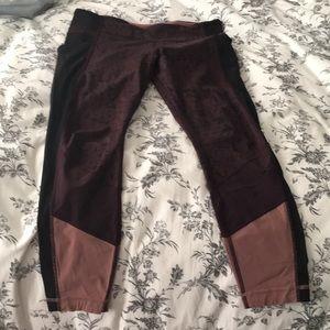 Lululemon 7/8th pant Size 10